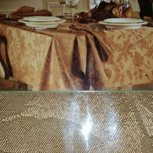 Damask Tablecloth, New